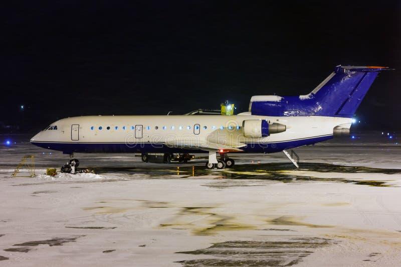 Deicing обрабатывать самолета стоковое изображение rf