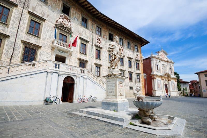Deien Cavalieri för Knights' fyrkantpiazza i Pisa royaltyfri fotografi