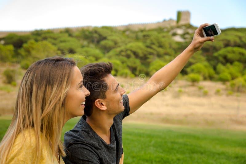 Deixe o ` s fazer um selfie fotos de stock royalty free