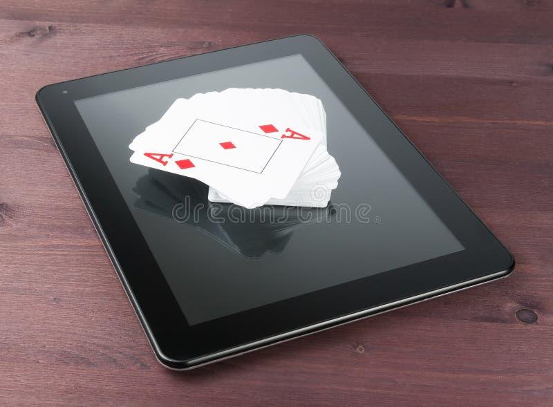 Dek van kaarten op tabletpc, de pook van Texas online royalty-vrije stock afbeelding