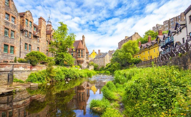 Dekan Village in Edinburgh stockbilder