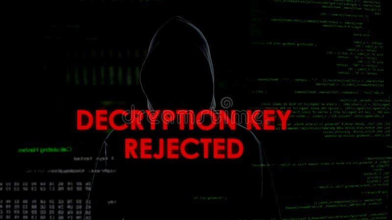 Dekodierungszurückgewiesener, erfolgloser Schlüsselversuch, Konto, Kodierer zu zerhacken im Hoodie stockfotos