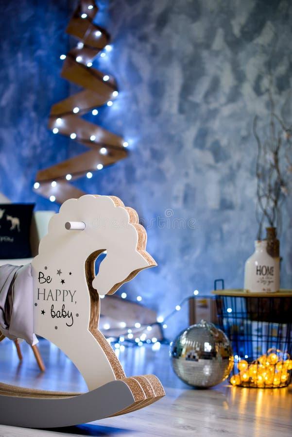 Dekor för ` s för nytt år med kraisvymdesign och ljus royaltyfri bild