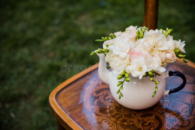 Dekor för sommarbröllopparti royaltyfria foton