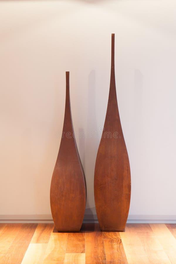 Dekoracyjna waza w żywym pokoju zdjęcie royalty free