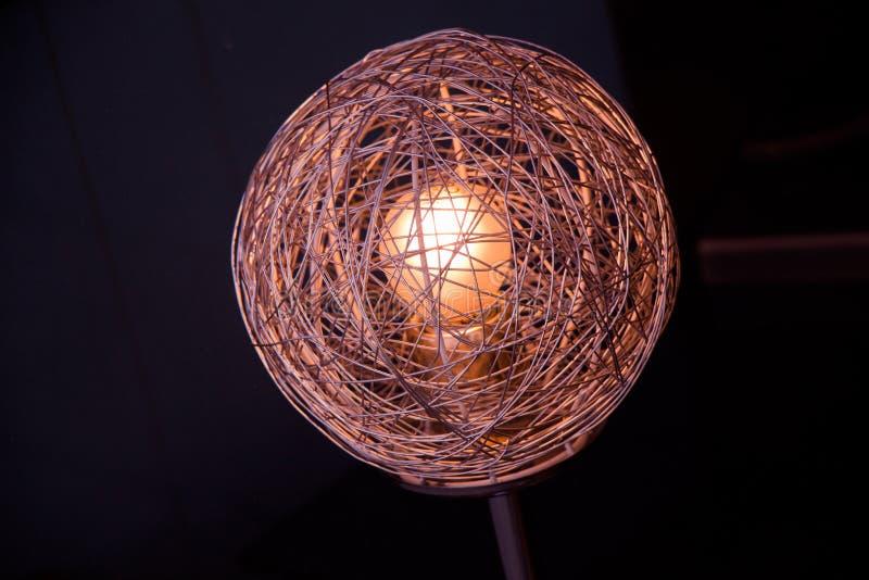 Dekoracyjne stylowe drucik żarówki zdjęcie stock