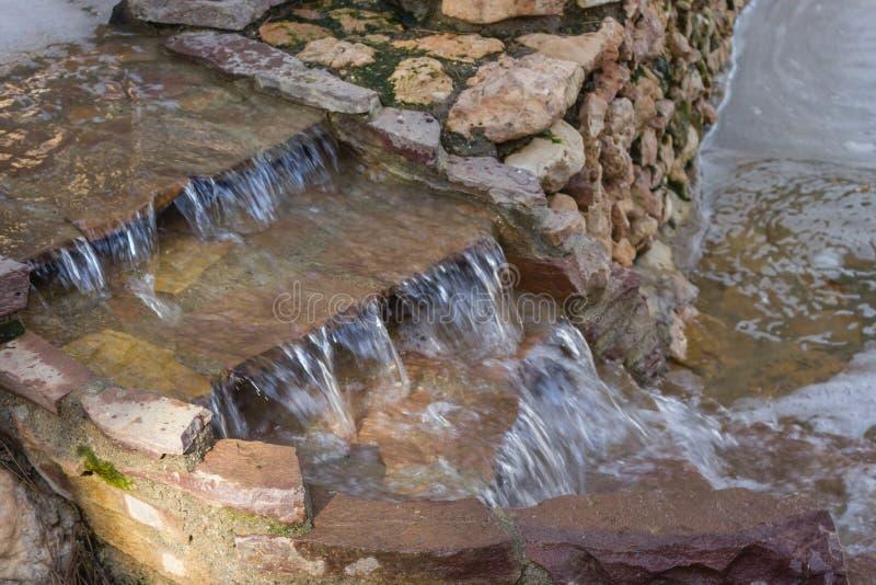 Dekoracyjnego kamienia siklawa obraz stock