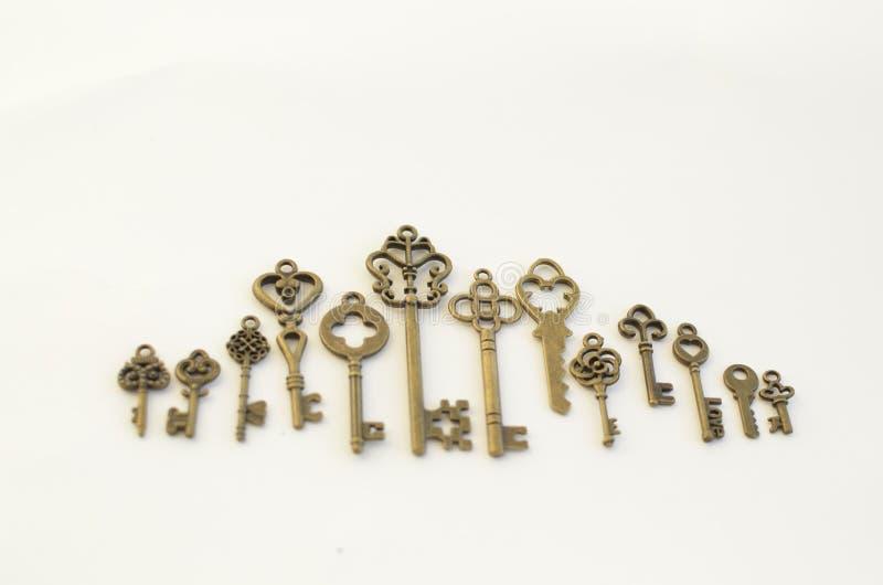 Dekoracyjni klucze różni rozmiary, stylizowany antyk fotografia stock