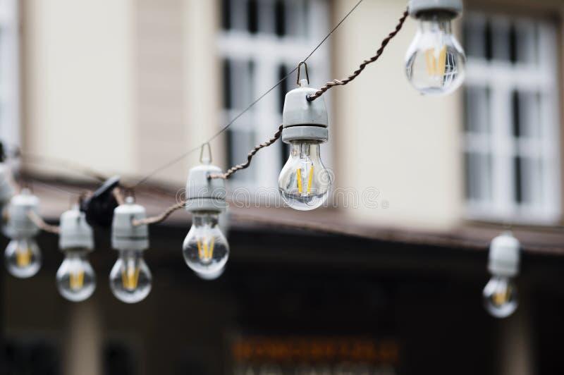 Dekoracyjni plenerowi sznurków światła obrazy royalty free