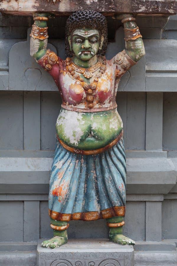 Dekoration auf der Tempelwand stockbilder
