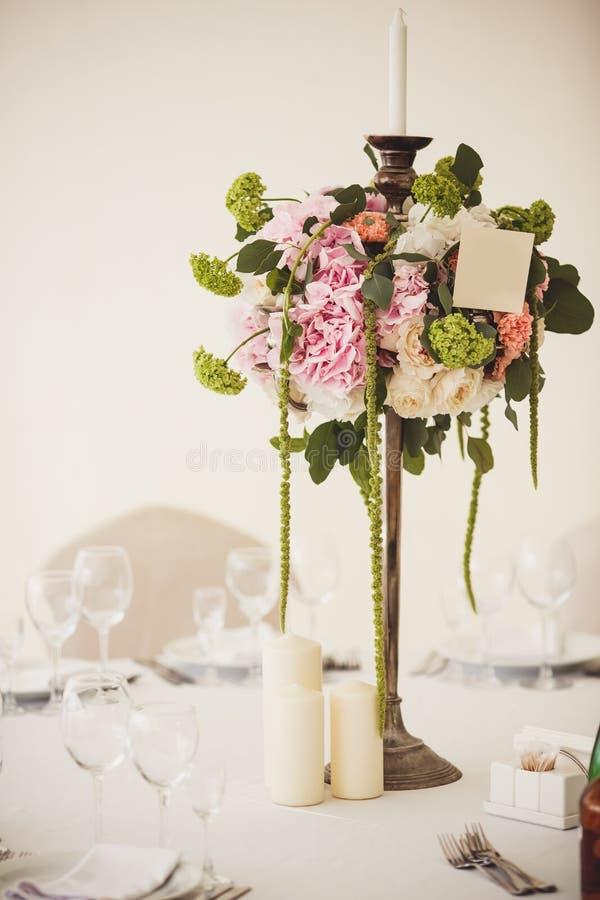 Dekoration von Hochzeitsblumen stockfoto