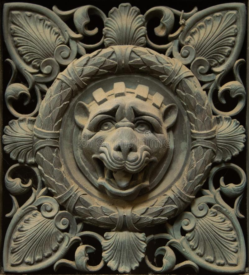 Dekorationselemente aus Metall stockfotos