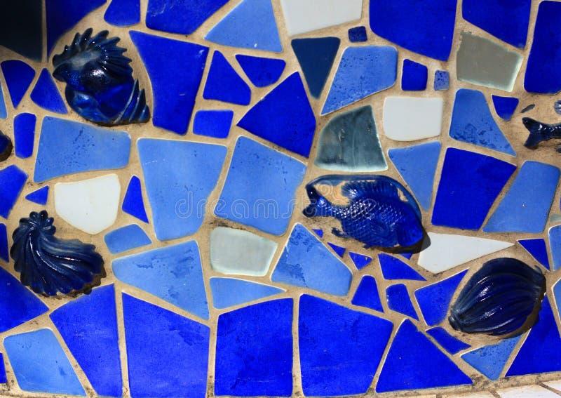 Dekorativ blåttfisk för mosaisk tegelplatta royaltyfri foto