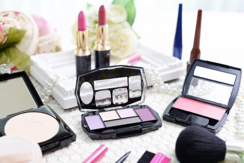 dekorativ makeup för skönhetsmedel royaltyfri fotografi