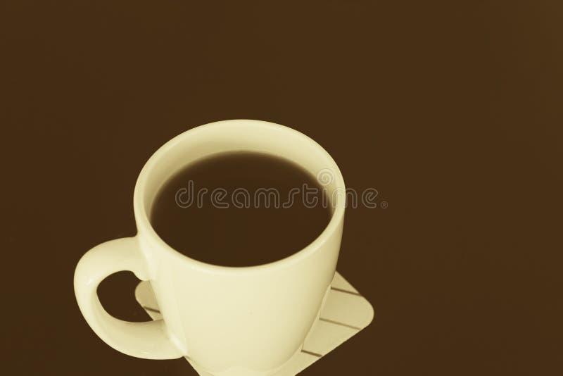 Dekorativer Spalte-getonter Kaffee lizenzfreie stockbilder