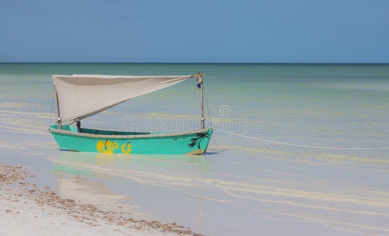 Dekoratives Boot, zum von Fotos in Holbox-Insel zu machen stockbilder