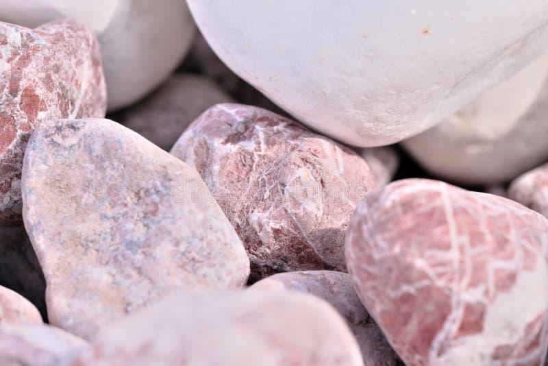 Dekorativt marmorera kiselstenar arkivbild