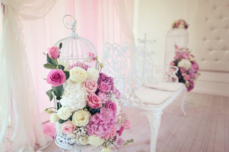 dekoren blommar bröllop arkivfoto