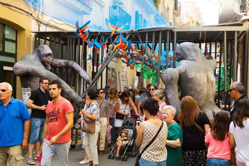 Dekorerade gator av det Gracia området Zootema royaltyfria foton