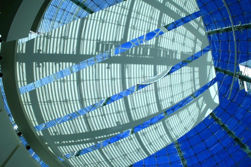 dekorerat kupolfönster fotografering för bildbyråer