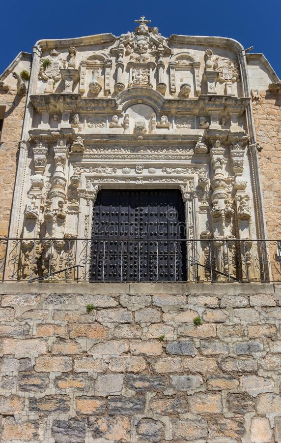 Dekorująca fasada Santa Maria kościół w Alcaudete zdjęcia stock