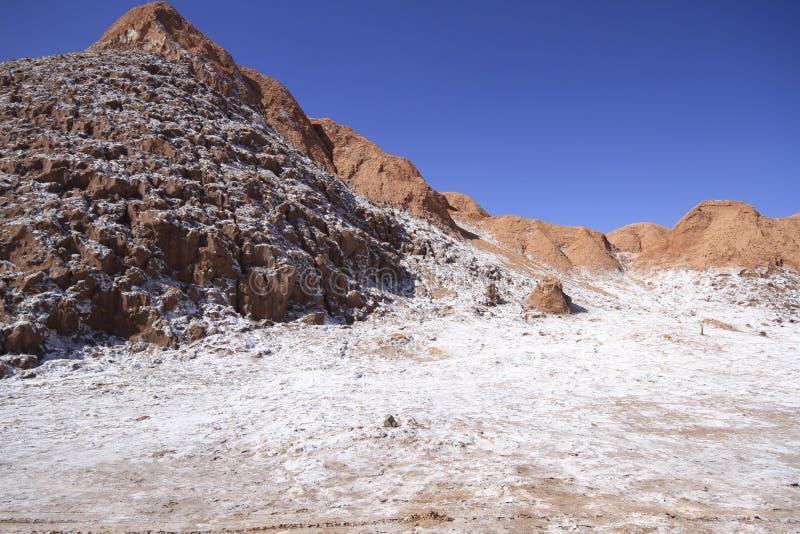 Del луна Valle - долина луны, в atacama, chile стоковые фотографии rf