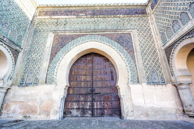 Del av den Bab el-Mansour porten, Marocko royaltyfri bild
