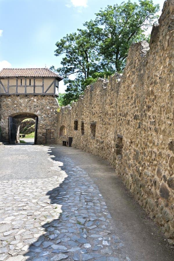 Del av den gammala slottväggen arkivfoton
