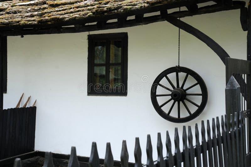 Del av det traditionella bulgariska huset arkivbild