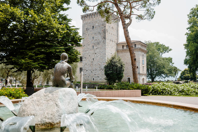 del garda riva Sjö Garda nordliga Italien royaltyfria bilder