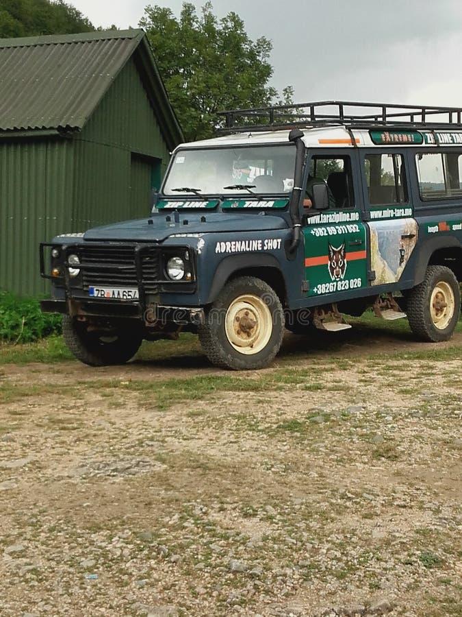 Del jeep del camino para la naturaleza salvaje foto de archivo libre de regalías