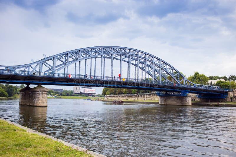 10 del luglio 2017 Cracovia, Polonia-ponte sopra il Vistola in Krak immagini stock libere da diritti