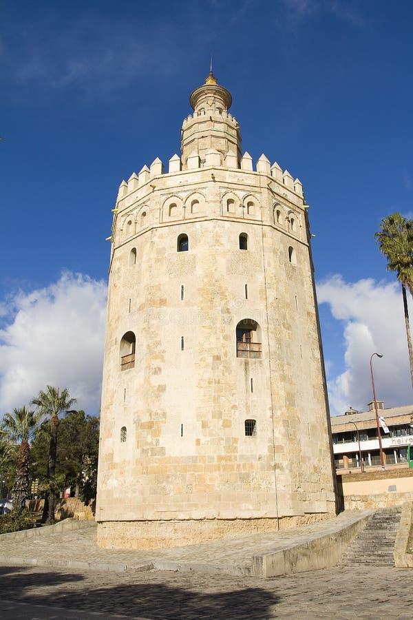 del oro seville torre royaltyfria bilder