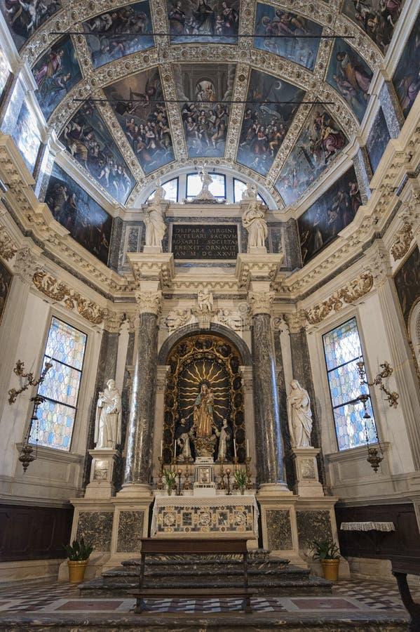 Del Rosario de Cappella, em Major Chapel Cappella Maggiore e Altare Maggiore de di Santa Corona de Chiesa, Vicenza - Itália fotos de stock royalty free