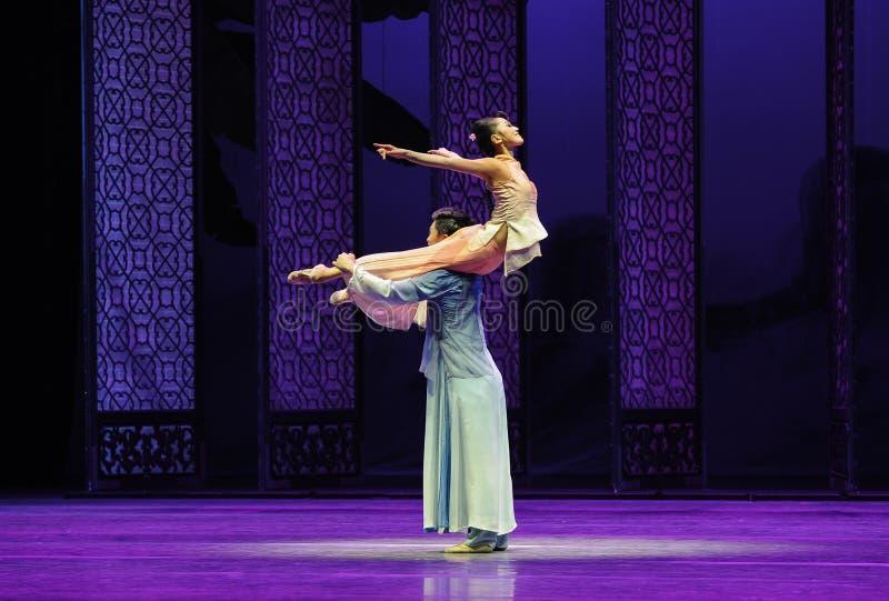 Del supporto- atto amoroso in secondo luogo degli eventi di dramma-Shawan di ballo del passato fotografie stock