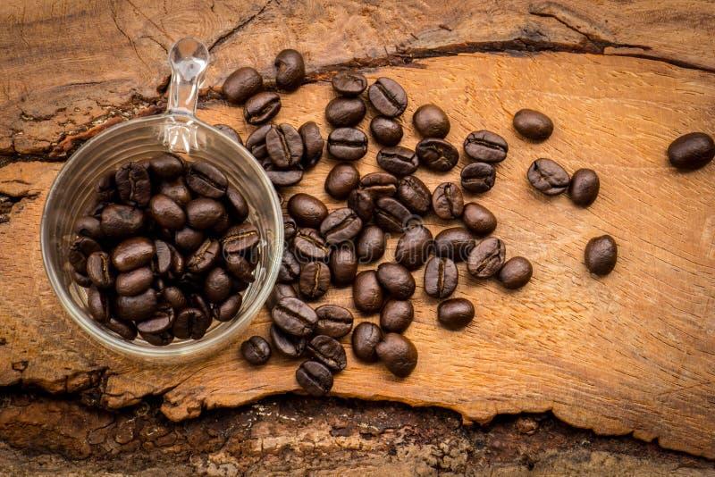 Dela upp i faktorer trä, keramik, kaffebönor, tyger, texturer, cott arkivbilder