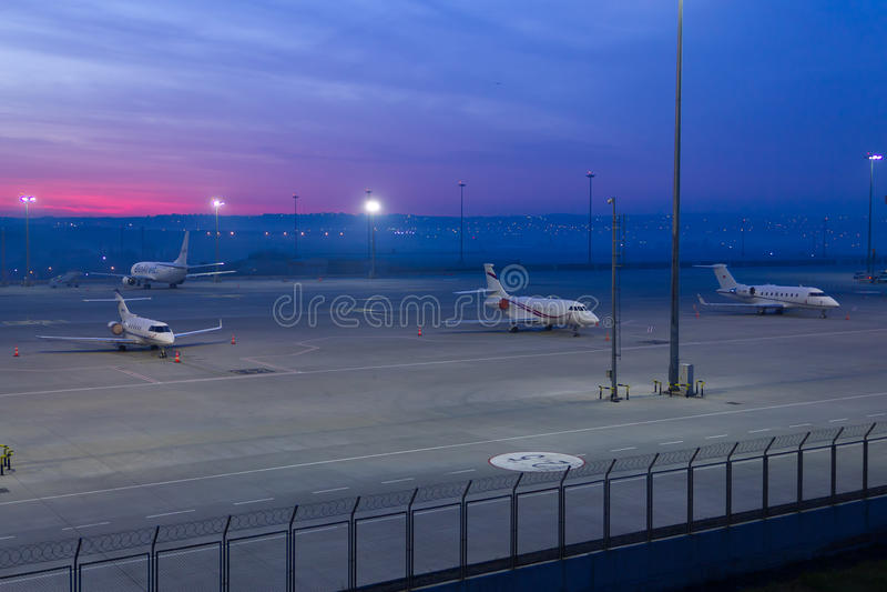 Delantal del aeropuerto imagen de archivo