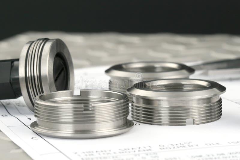 delar som mäter metall royaltyfri fotografi