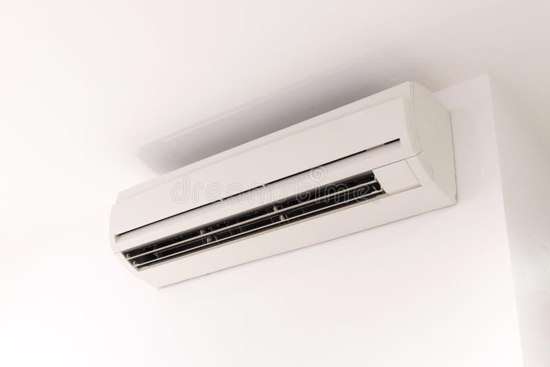 delat system för luftkonditioneringsapparatillustration arkivbilder