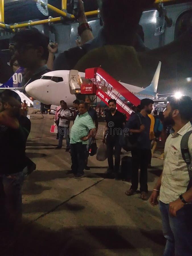 Delhi lotniska pics na lotniczym ranku czasie i hinduskich świątyni radha krishna zdjęcia royalty free