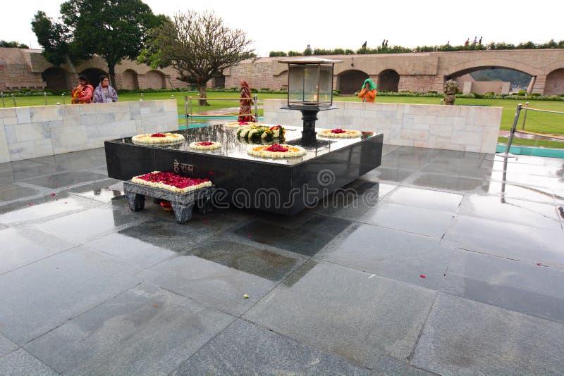 Memorial de Raj Ghat deli India foto de stock royalty free