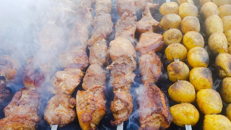 delicacy , barbecue,  food , meat , potato royalty free stock photos