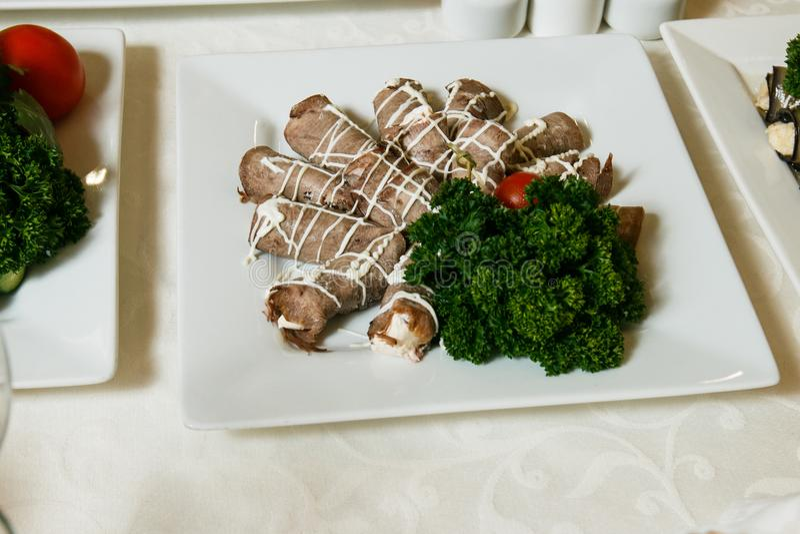 Delicatessen en snacks in het buffet Zeevruchten Een feestontvangst banket catering royalty-vrije stock fotografie
