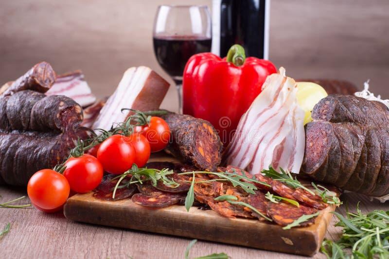 Delicatessen en wijn stock afbeelding