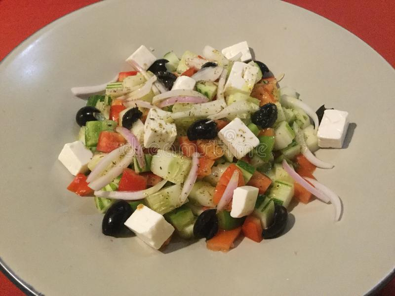 delicioso Salada grega fresca Gourmet do vegetariano foto de stock