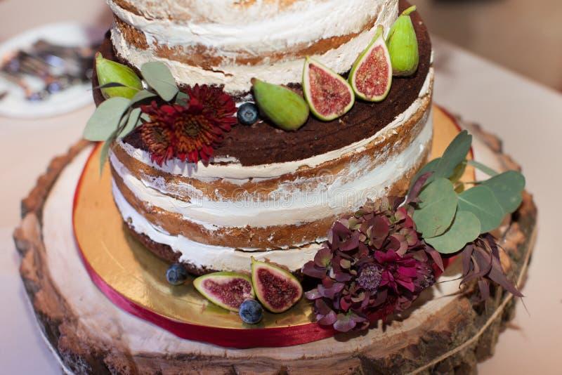 Fall Wedding Inspiration | Golden Trees of Aspen