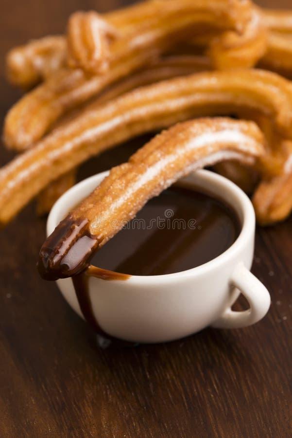 Deliciuos ισπανικό Churros με τη σοκολάτα στοκ φωτογραφία με δικαίωμα ελεύθερης χρήσης