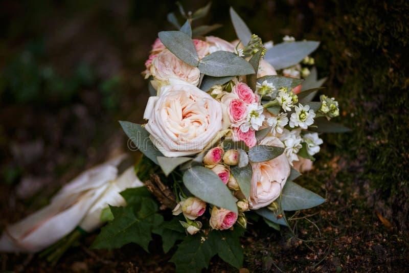 Delikatny bridal bukiet obraz royalty free