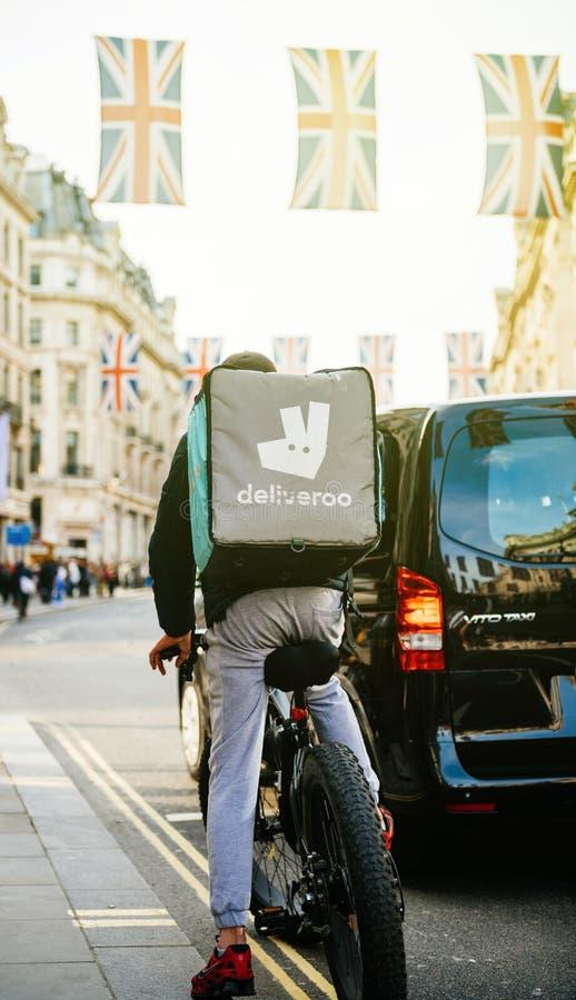 Deliveroo in Londen stock foto