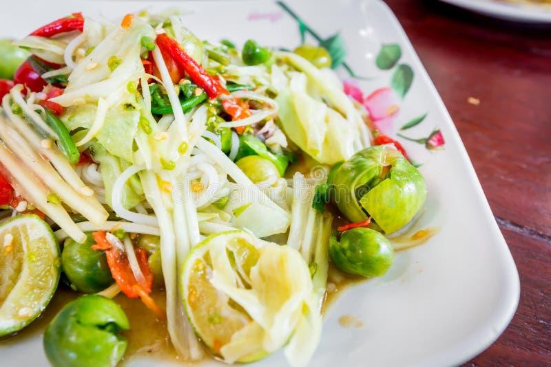 Delizioso piccante della papaia di cucina tailandese verde dell'insalata, SOM TAM fotografia stock libera da diritti